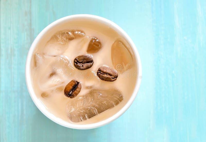 Download Bevroren koffie stock afbeelding. Afbeelding bestaande uit hierboven - 54081791