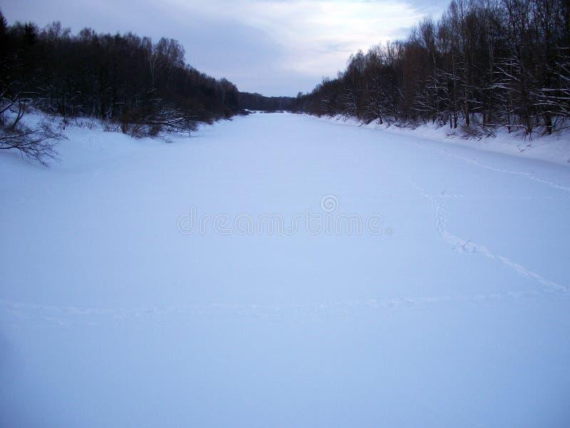 Bevroren rivier royalty-vrije stock fotografie