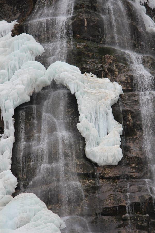 Bevroren waterval stock afbeelding