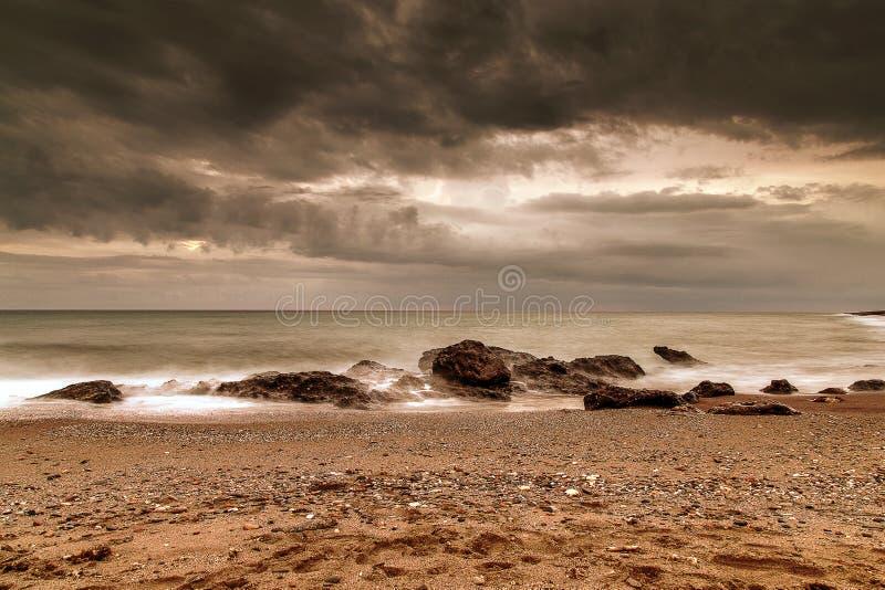 Bewölkte Ozean-Himmel stockfotos