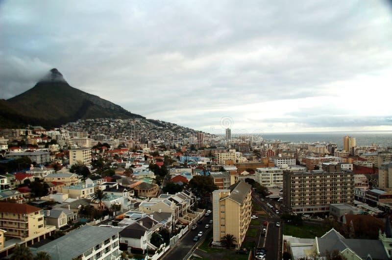 Bewölktes Kapstadt stockfotografie