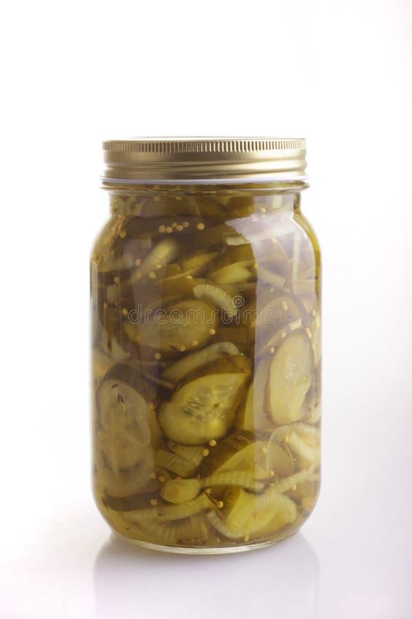 Bewaarde komkommer stock afbeeldingen
