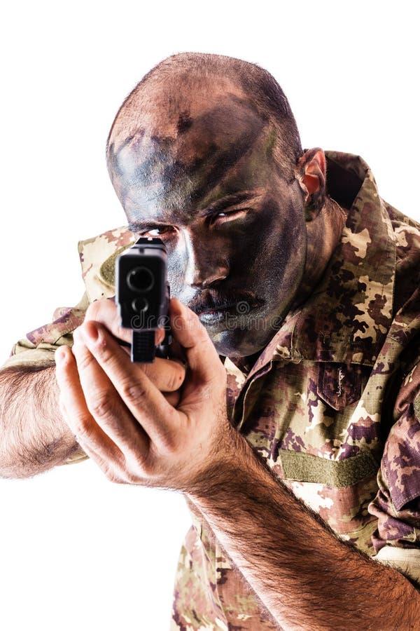 Bewaffneter Soldat stockbilder