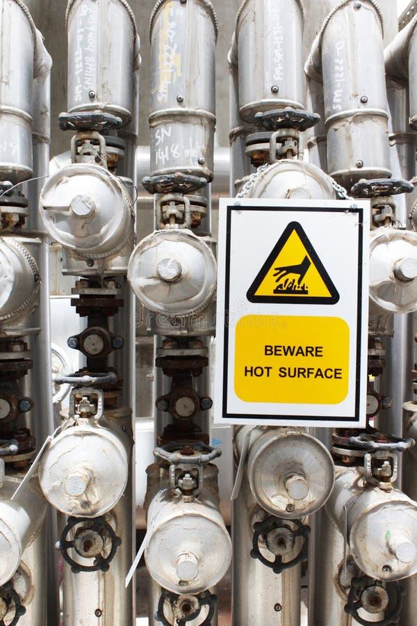 Download Beware a superfície quente imagem de stock. Imagem de isolação - 26504171