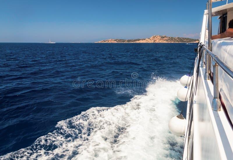 Bewegend cruiseschip stock fotografie