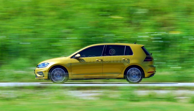 Bewegende auto royalty-vrije stock foto's