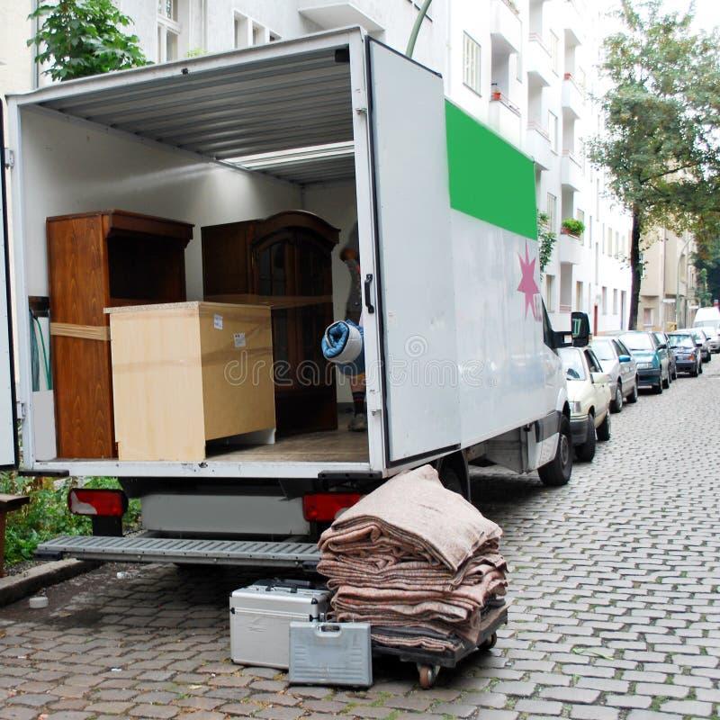 Bewegende huisbestelwagen stock afbeeldingen