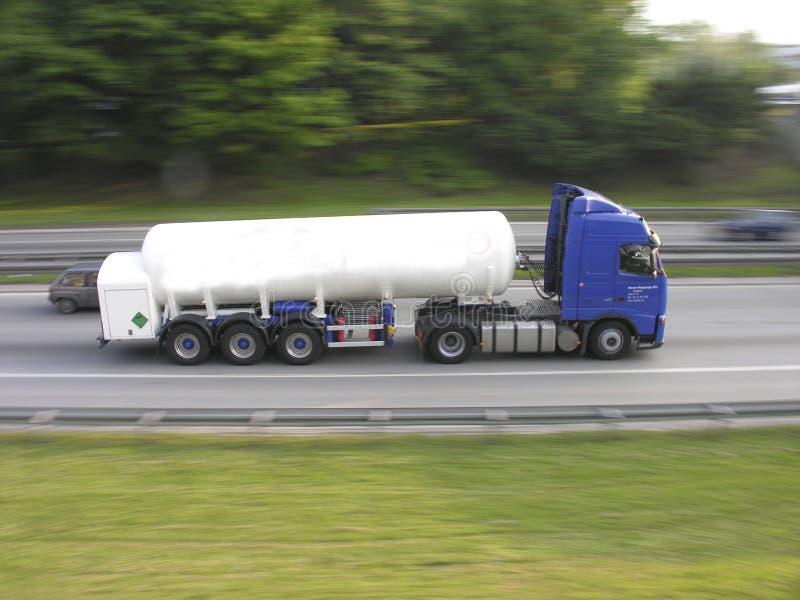 Bewegende vrachtwagen stock foto's