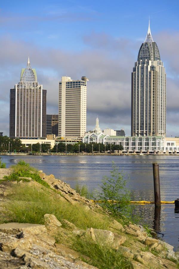 Beweglicher Stadt-Skyline-Golf-Küsten-Seehafen Alabamas im Stadtzentrum gelegener stockbild