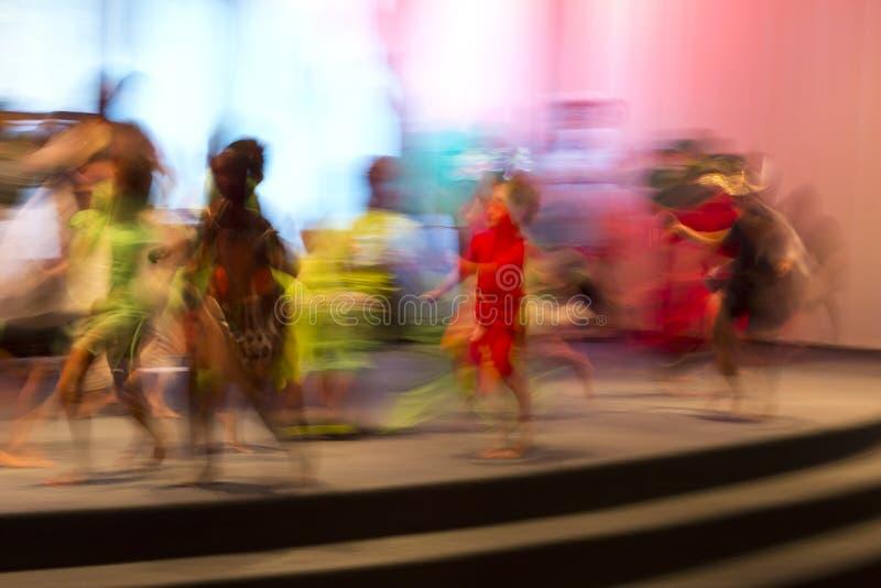 Bewegung gefangen genommen mit langsamer Belichtungszeit stockbild