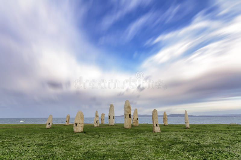 Bewegungslos gegen den Wind stockfotos