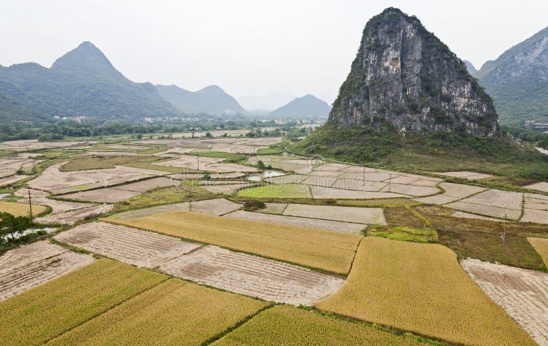 Bewerkend in Guilin, China stock afbeeldingen