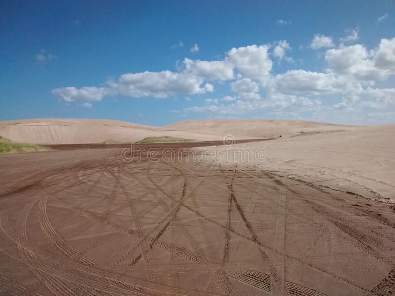 Bewolkte Woestijn royalty-vrije stock fotografie