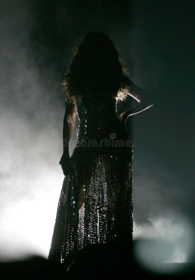 Beyonce executa no concerto fotos de stock