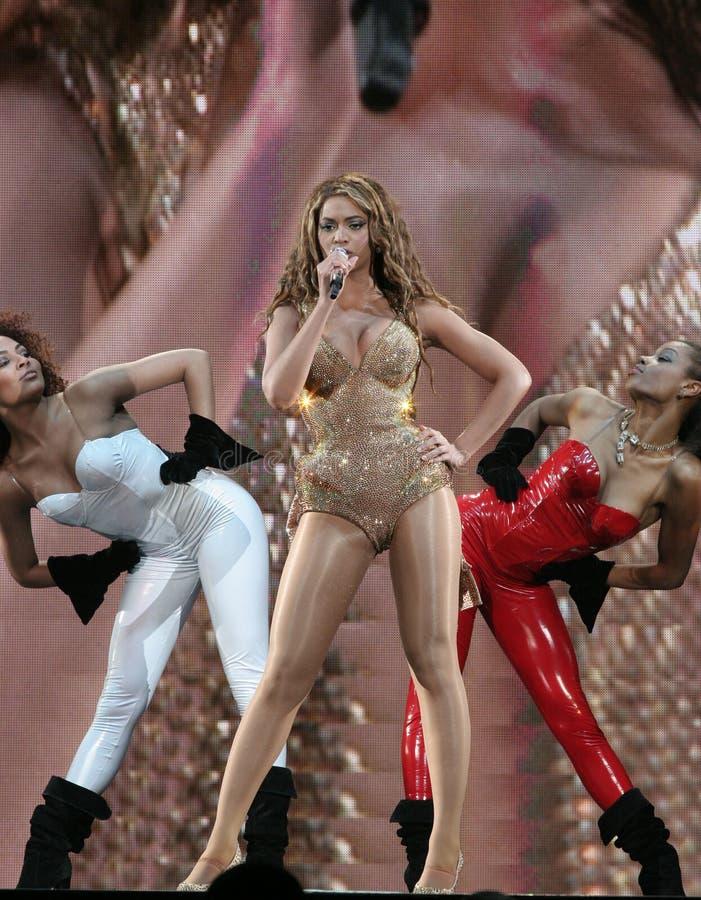 Beyonce presteren Levend bij O2 in Londen royalty-vrije stock afbeelding