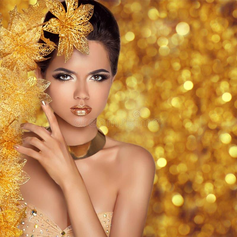 Bezauberndes Schönheitsmode-Mädchenporträt Schöne junge Frau wi stockfotos