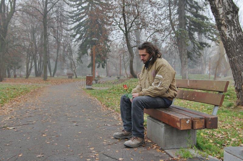 Bezdomny i mieć nadzieję dla cudu zdjęcia stock
