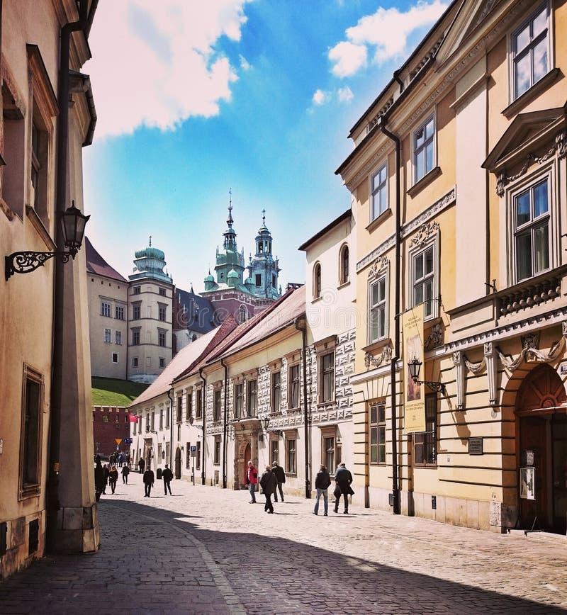 Bezienswaardigheden bezoekend Krakau Artistiek kijk in uitstekende levendige kleuren stock fotografie