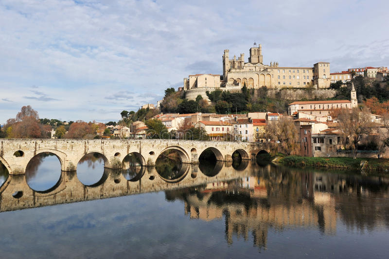 Download Beziers Cathedral And Old Bridge Stock Image - Image of languedoc, catholic: 17322817