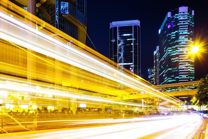 Bezig verkeerslicht in stad royalty-vrije stock afbeeldingen