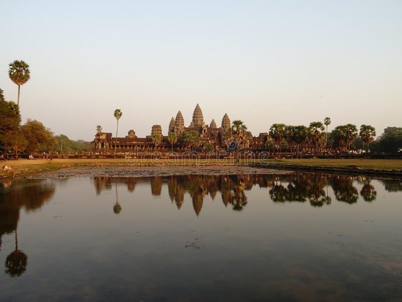 Bezinningen in Ankor Wat royalty-vrije stock afbeeldingen