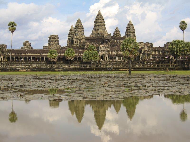 Bezinningen van Angkor Wat stock foto's