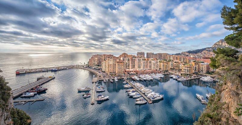 Bezirk und Hafen Fontvieille in Monaco lizenzfreie stockfotografie