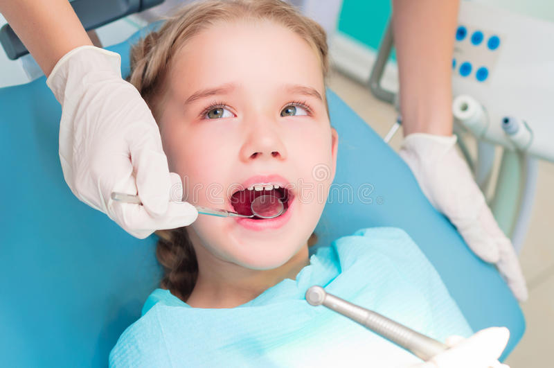 Bezoek aan tandarts royalty-vrije stock foto's