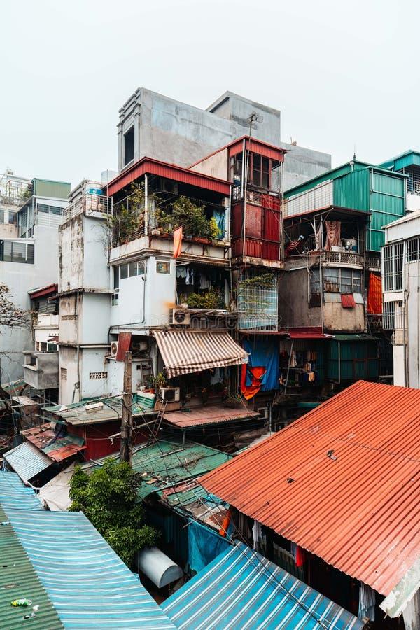Bezoek de oude flat van de straat van Giai phong, de Stad van Hanoi, Vietnam Foto genomen datum: 21/12/2018 royalty-vrije stock foto's