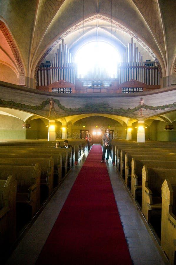 Bezoekers in Lutheran Kerk Tmapere stock foto's