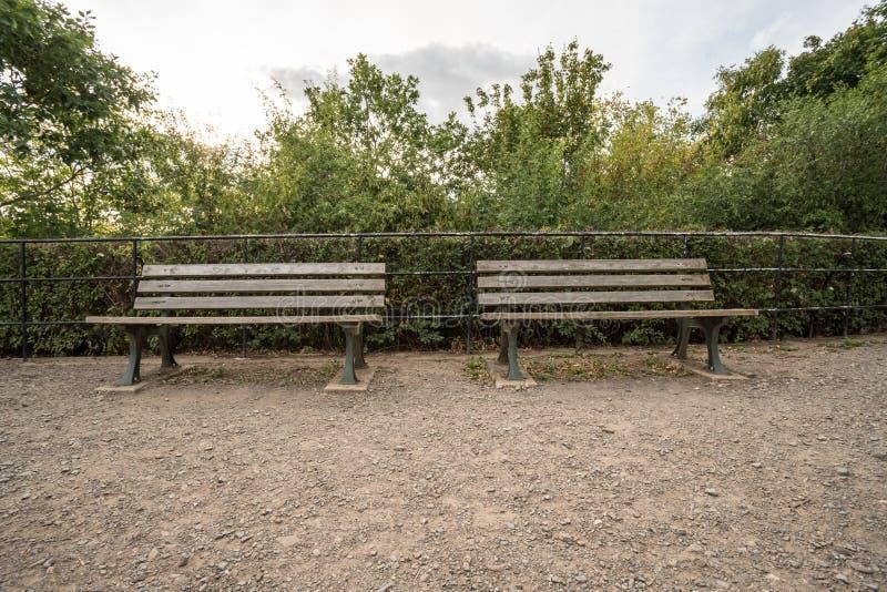 Bezpłatna wielka drewniana ławka zdjęcia stock