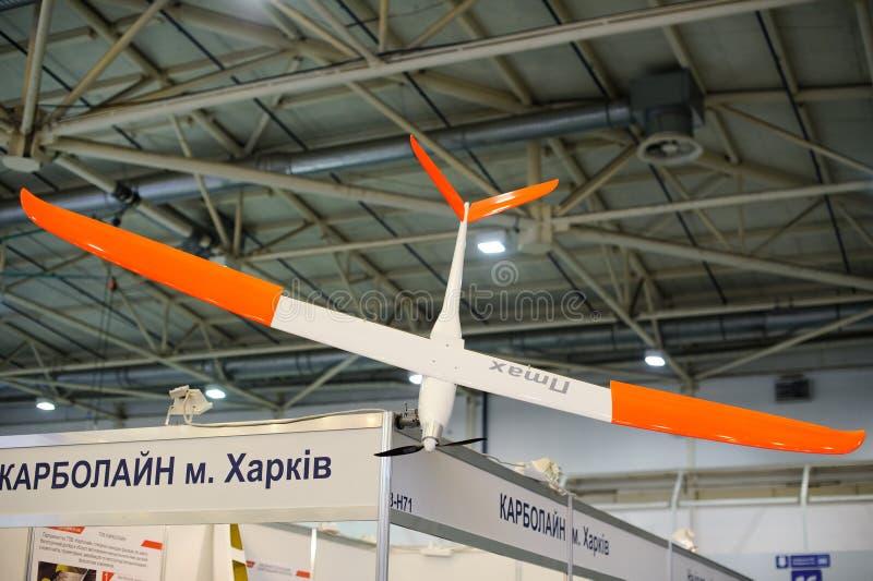 Bezpilotowy wywiadowczy samolot przy wystawą fotografia stock
