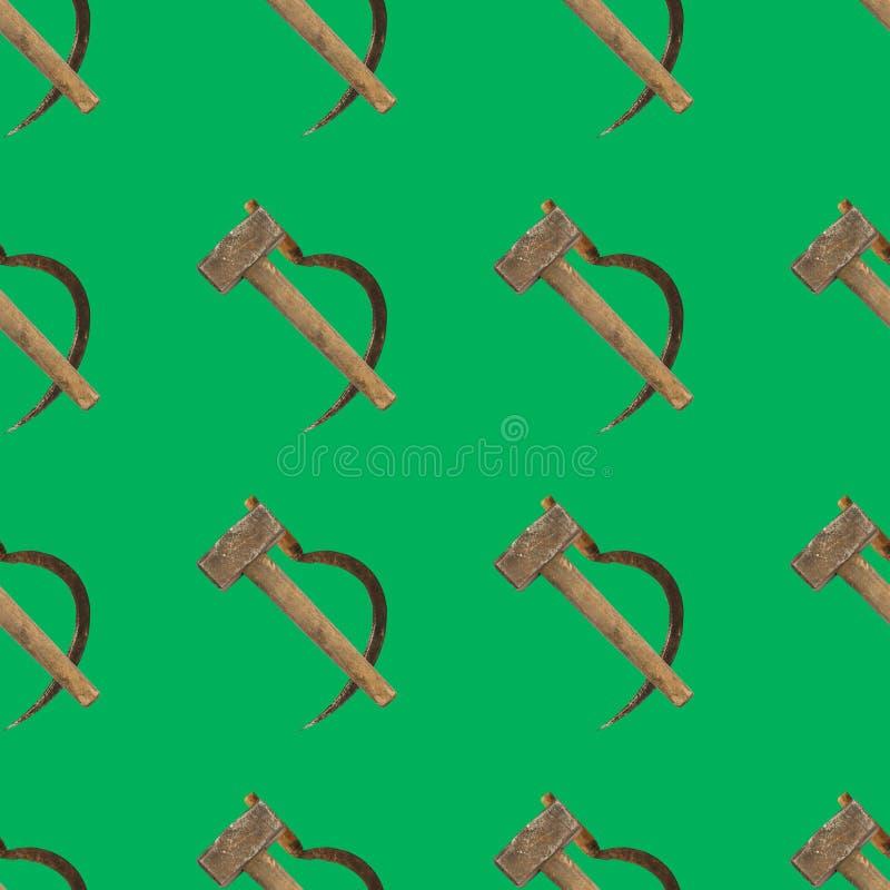 Bezszwowy tło z młoteczkowym i sierpem na zielonym kolorze royalty ilustracja