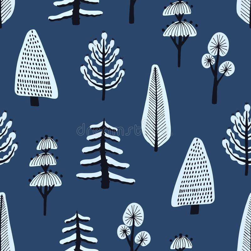 Bezszwowy wzór z różnorodna ręka rysującymi zim drzewami zakrywającymi śniegiem na błękitnym tle Tło z kreskówką śnieżną ilustracja wektor