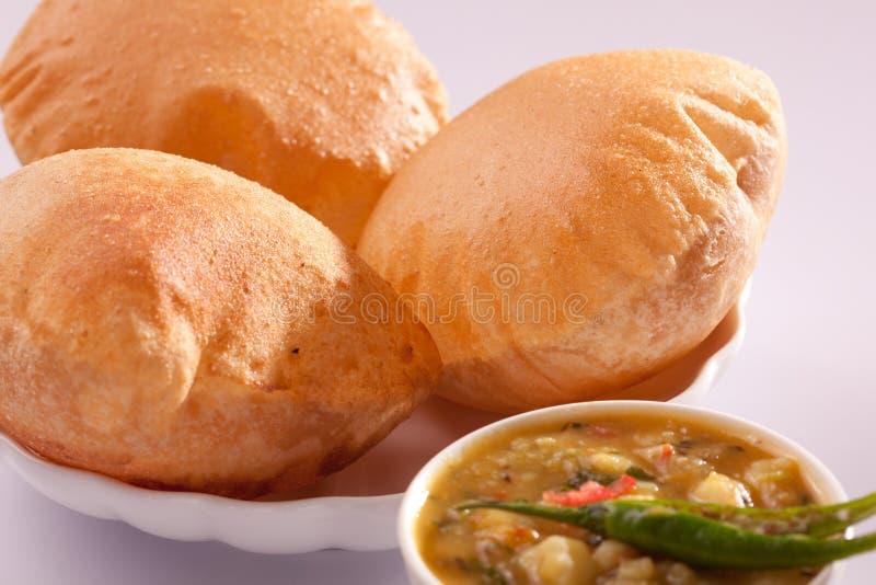 Bhaji Puri - индийское блюдо стоковые изображения rf