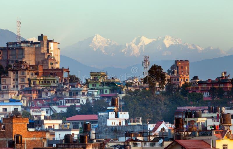 Bhasmeshvar Ghat no templo de Pashupatinath e no rio de Bagmati em Kathmandu, Nepal imagens de stock