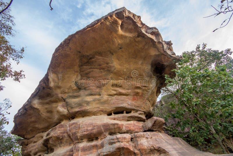 Bhimbetka前历史的岩石绘画 库存照片