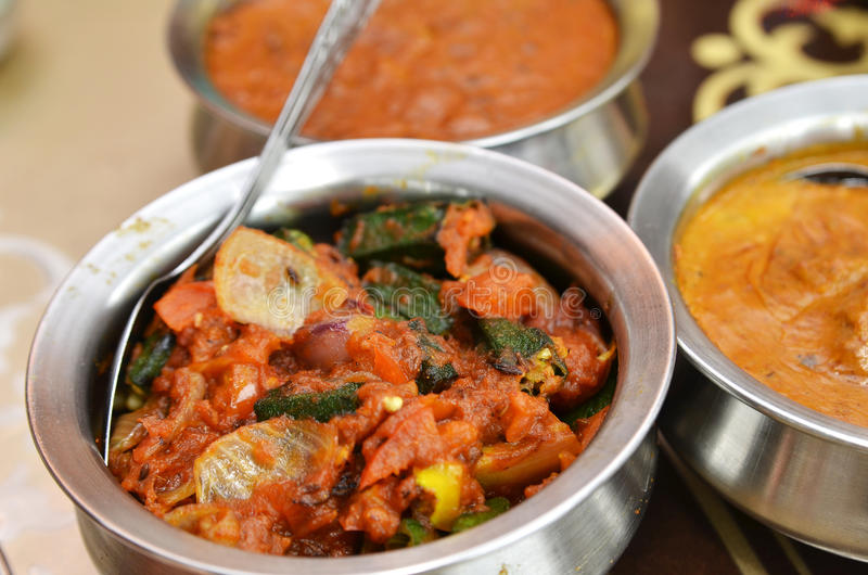 Bhindi masala lub okra curry obraz royalty free