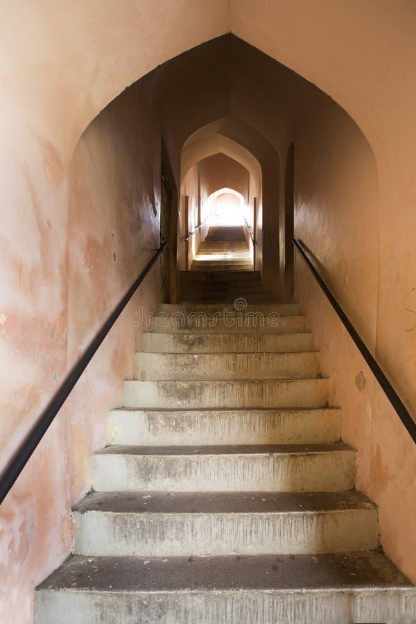 Bhool Bara Imamabara复合体Bhulaiyan或迷宫在勒克瑙,印度的 库存照片