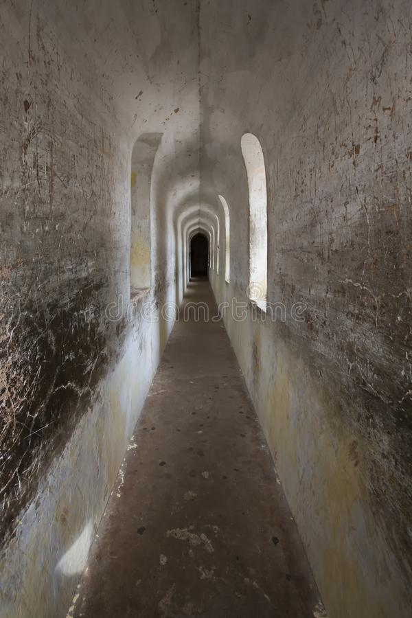 Bhool Bhulaiyan eller labyrint av det Bara Imamabara komplexet i Lucknow, Indien royaltyfri fotografi