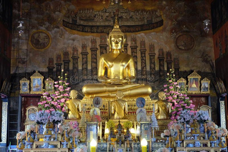 Bhuddha-Bild bei Wat Rakhang lizenzfreie stockbilder