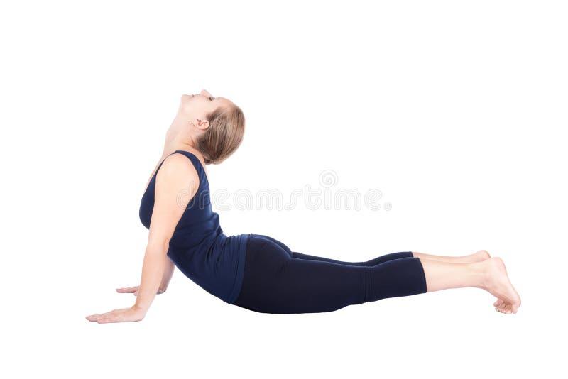 Bhujangasana 6. Jobstepp von Yoga surya namaskar lizenzfreies stockfoto