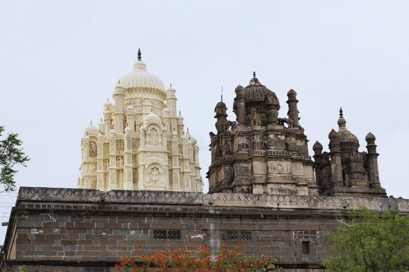 Bhuleshwar tempel, Shiva tempel med islamisk arkitektur med kupoler, Yavat royaltyfri foto