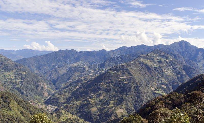 Bhutan östliga berg arkivbilder