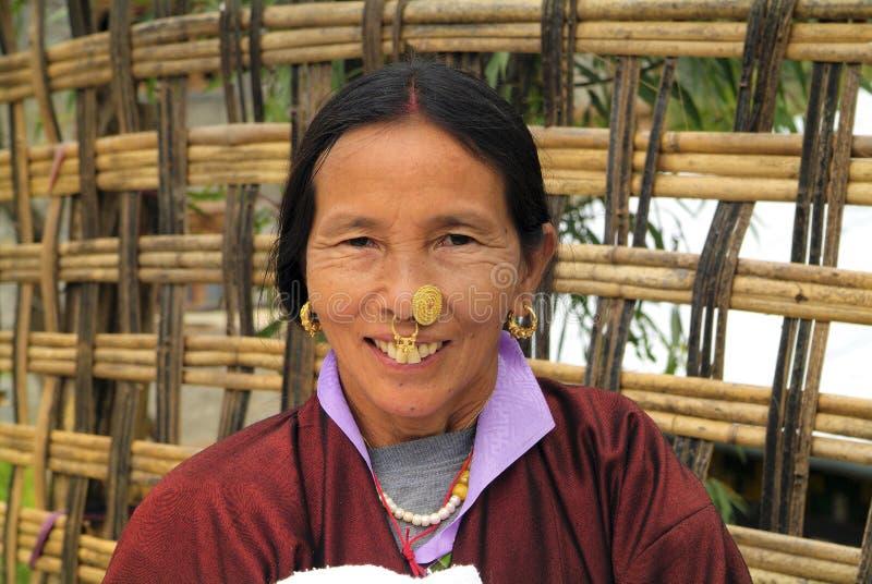 Bhutan, Bumthang, vrouw stock fotografie