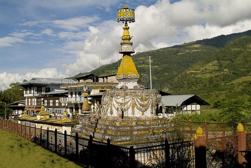 Bhutan, Chorten lizenzfreie stockfotografie