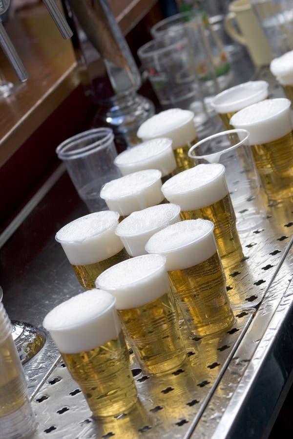 Download Bière photo stock. Image du glaces, été, glace, mousse - 731660