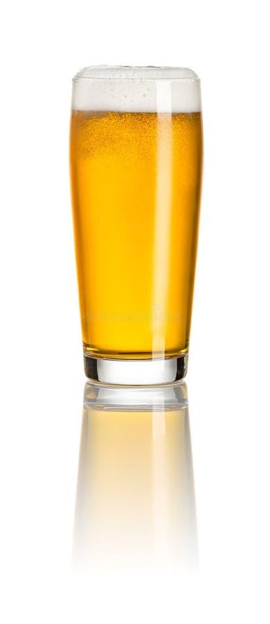 Bière blanche dans une tasse de Willy photographie stock libre de droits