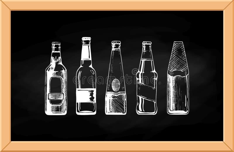 Bière réglée sur le tableau noir illustration de vecteur
