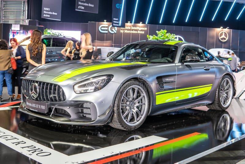 Bi-turbocompressor de V8 da barata de Mercedes-AMG GT R PRO com M178 o motor, carro desportivo de capacidade elevada produzido po fotografia de stock